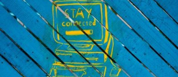 Computer saying stay connected